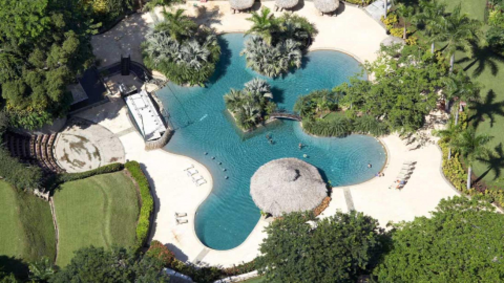 pool design,infinity pool,contemporary pool,pool service,Joan Roca